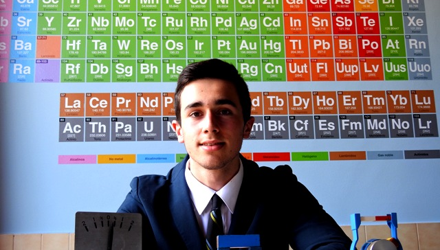 Gaztelueta: Jaime Aja (2º Bachillerato) Medalla de Bronce XXIX Olimpiada de Física del País Vasco