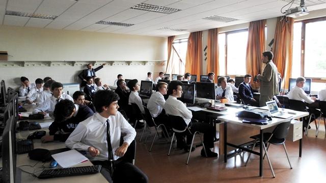 Gaztelueta - proyecto ESAU (Empresa Simulada) colaboración UPV/EHU
