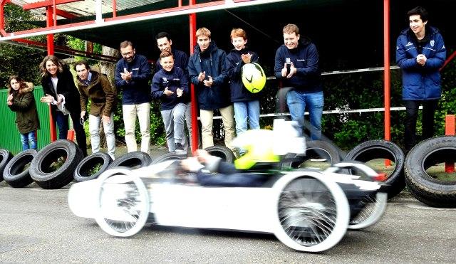 Gaztelueta: alumnos de Bachillerato en la Fórmula Goblin y Fórmula 24 de Gijón