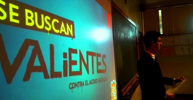 Gaztelueta: alumnos de Bachillerato imparten sesión sobre Bullying en 1º ESO