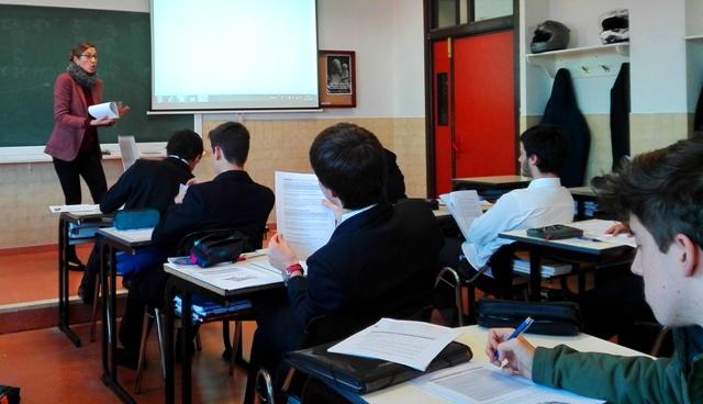 Gaztelueta: curso monográfico sobre Contratos de Trabajo en 2º Bachillerato