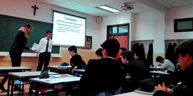 Gaztelueta: curso monográfico sobre impuestos en 2º Bachillerato