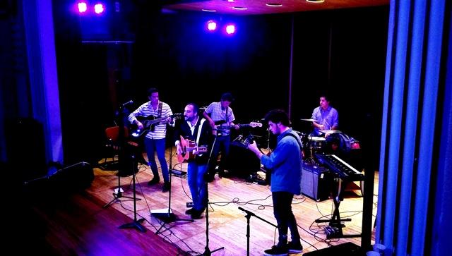 Gaztelueta: el conjunto de 2º Bachillerato 'Los Stukas' en el V Concierto Pop-Rock