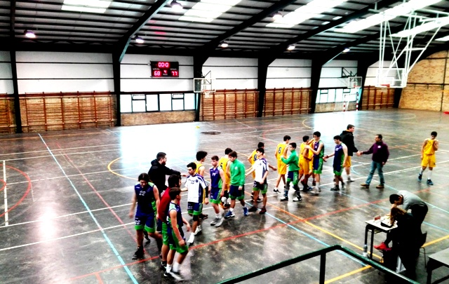 Junior Baloncesto Gaztelueta: partido intenso contra Santurtzi